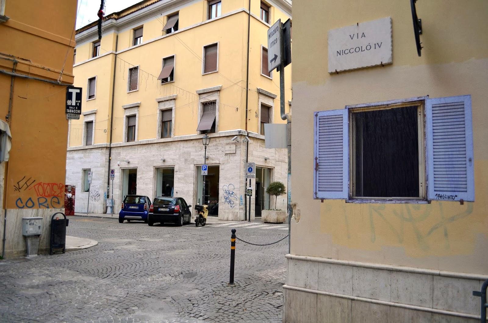sbagliato-window-new-piece-in-ascoli-piceno-02