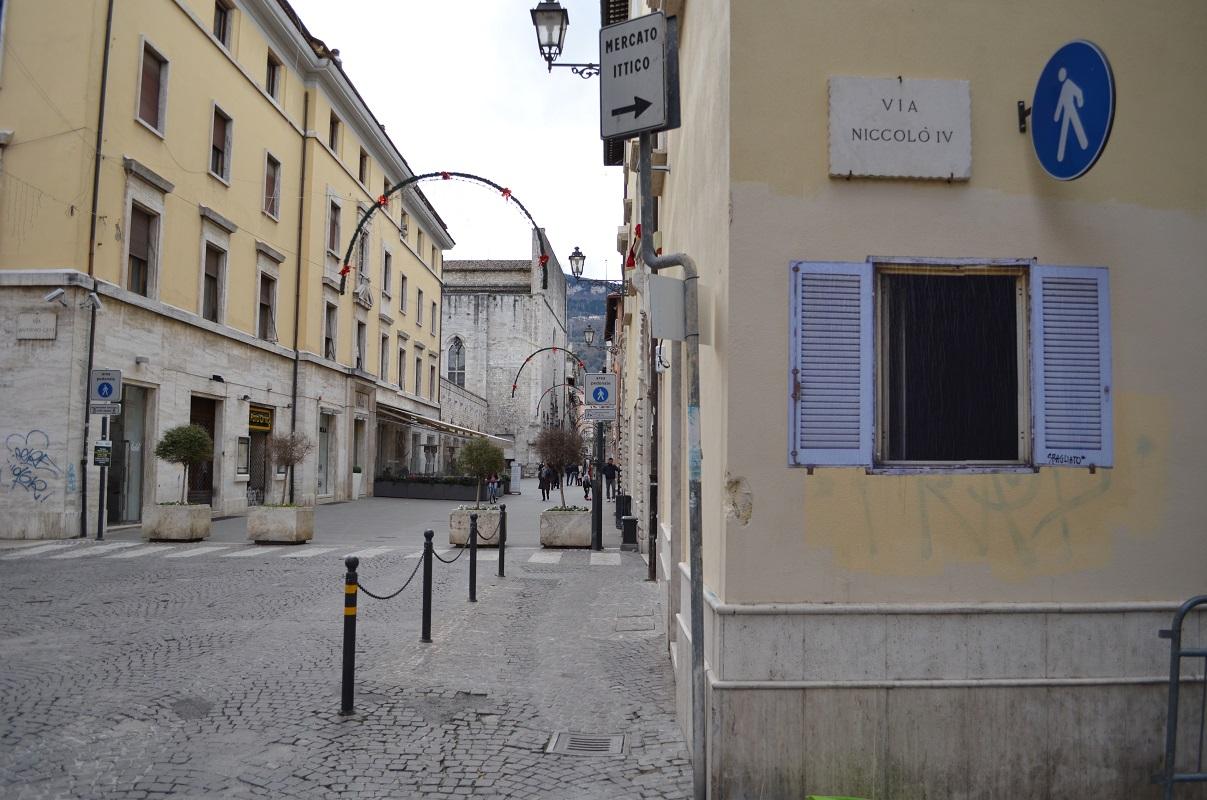 sbagliato-window-new-piece-in-ascoli-piceno-04