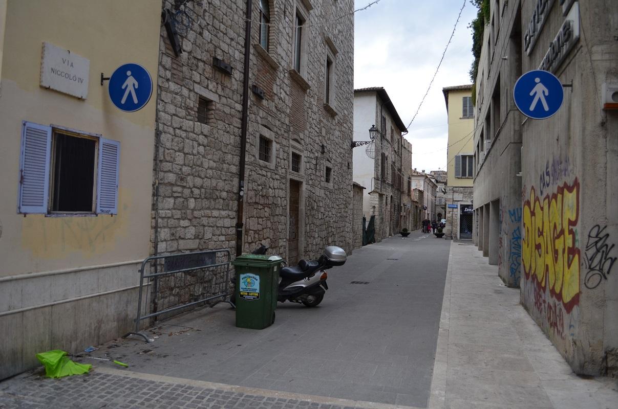sbagliato-window-new-piece-in-ascoli-piceno-05