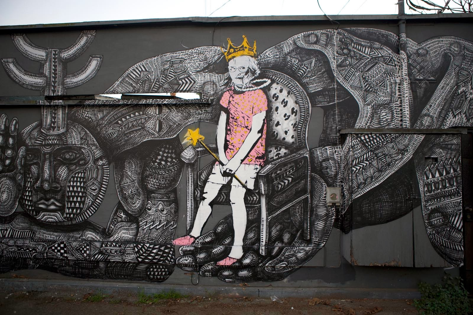zio-ziegler-bumblebee-new-mural-in-venice-california-06