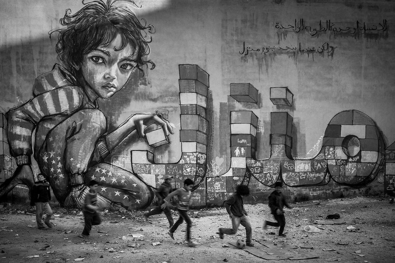 herakut-new-murals-in-zaatari-jordan-01