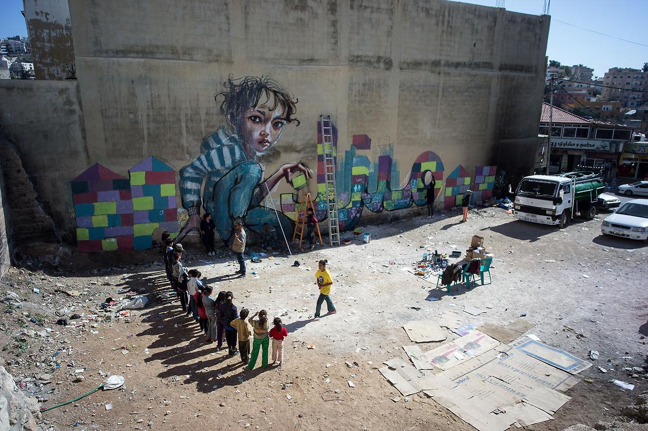 herakut-new-murals-in-zaatari-jordan-12