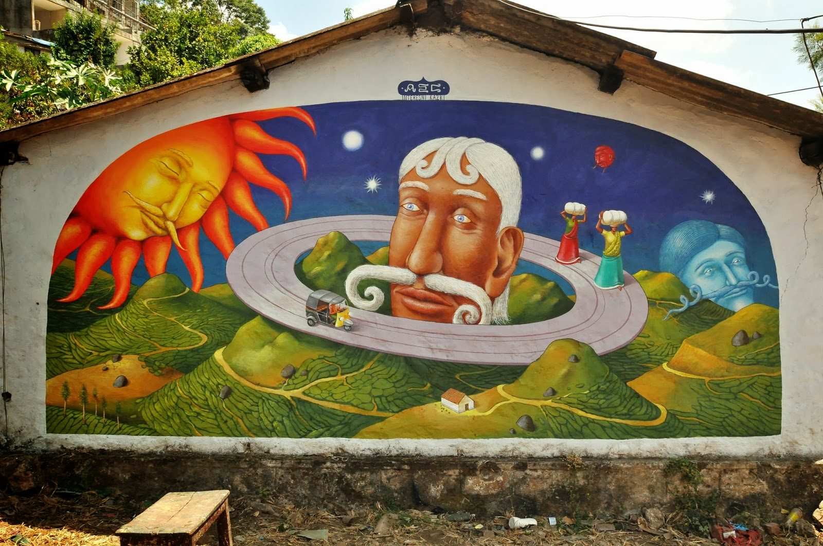 interesni-kazki-visit-of-saturn-new-mural-in-india-01
