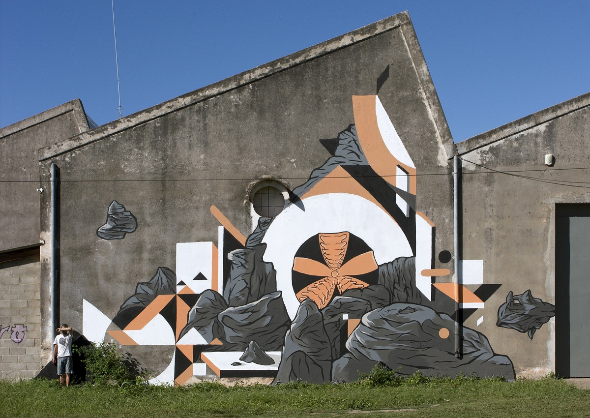 nelio-mural-in-argentina-with-gaulicho-roma-and-poeta-03
