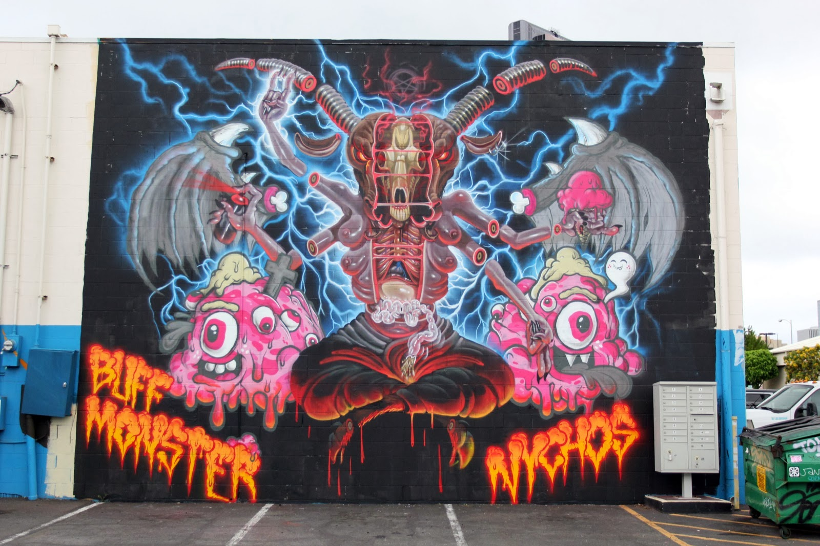 nychos-buff-monster-for-pow-wow-hawaii-2014-01