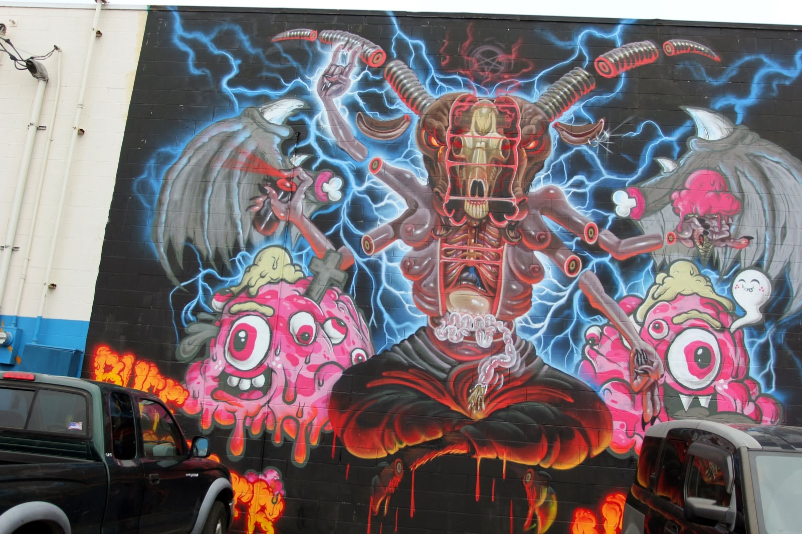 nychos-buff-monster-for-pow-wow-hawaii-2014-04