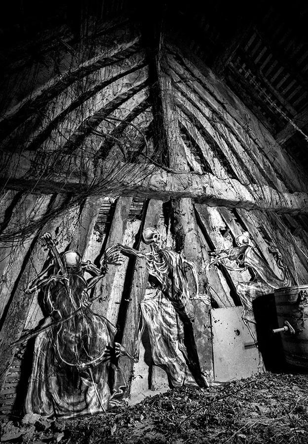 ro-scenes-macabre-a-new-piece-03