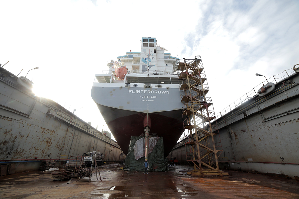 seikon-new-mural-on-flintercrown-ship-02