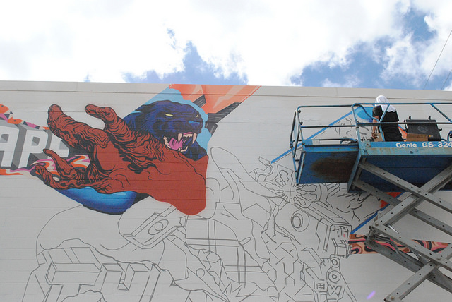 tristan-eaton-new-mural-for-pow-wow-hawaii-2014-06