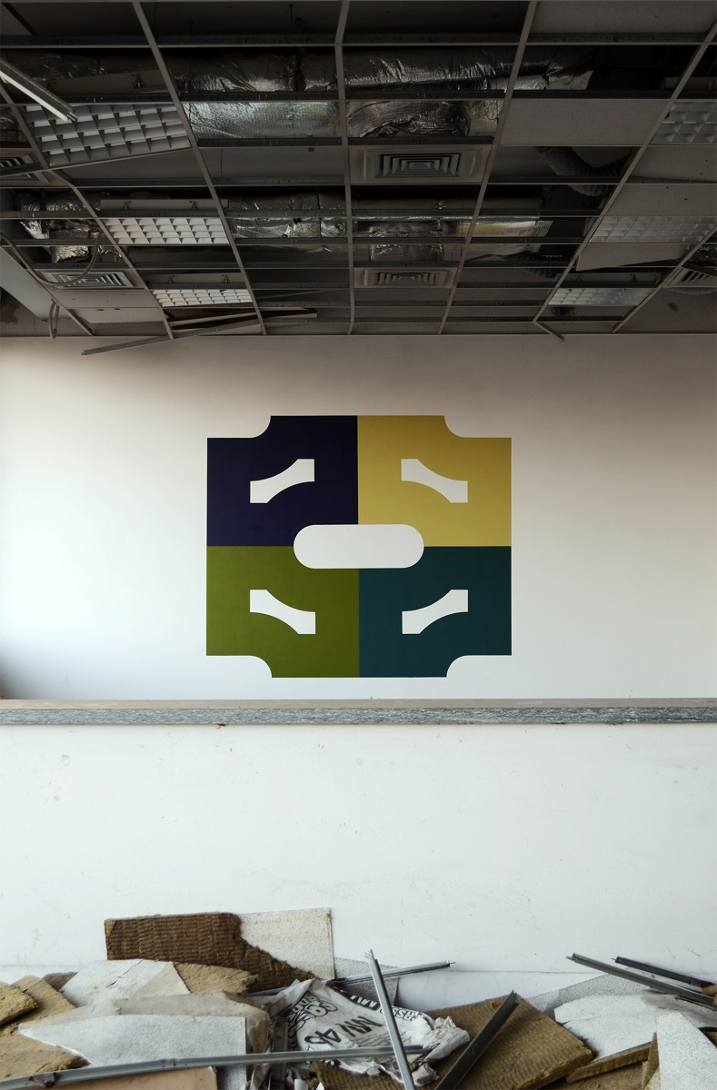 ak-ct-new-mural-in-an-abandoned-factory-05