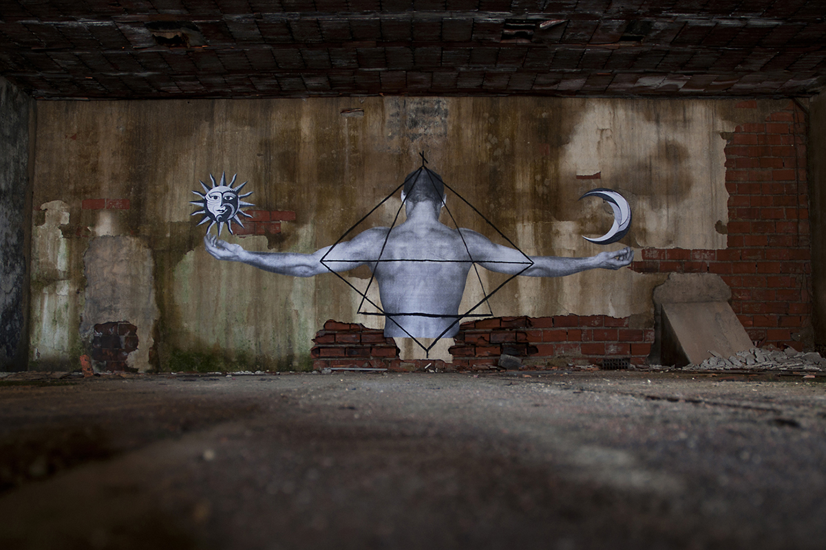 carne-a-series-of-new-pieces-inside-an-abandoned-building-01