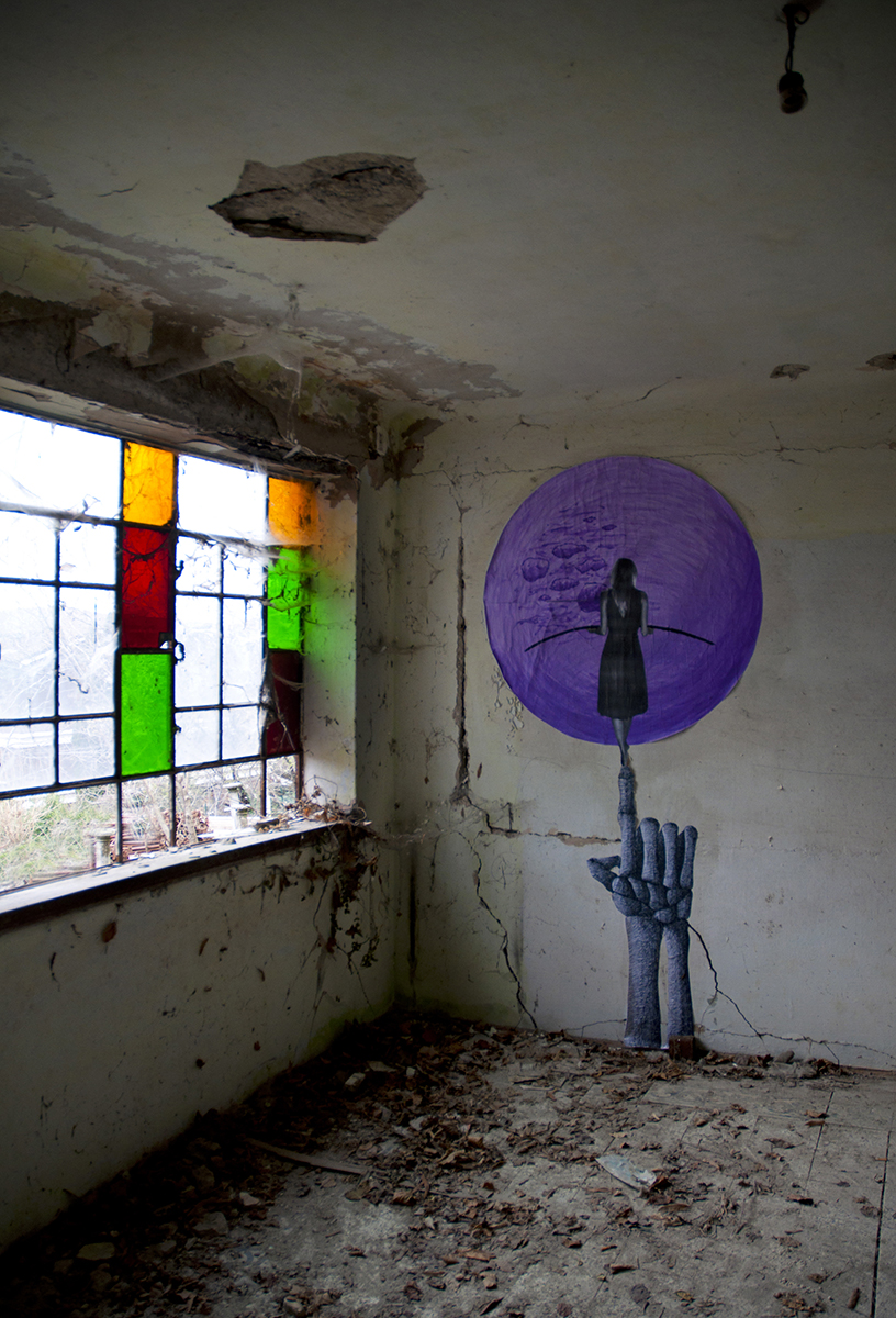 carne-a-series-of-new-pieces-inside-an-abandoned-building-03