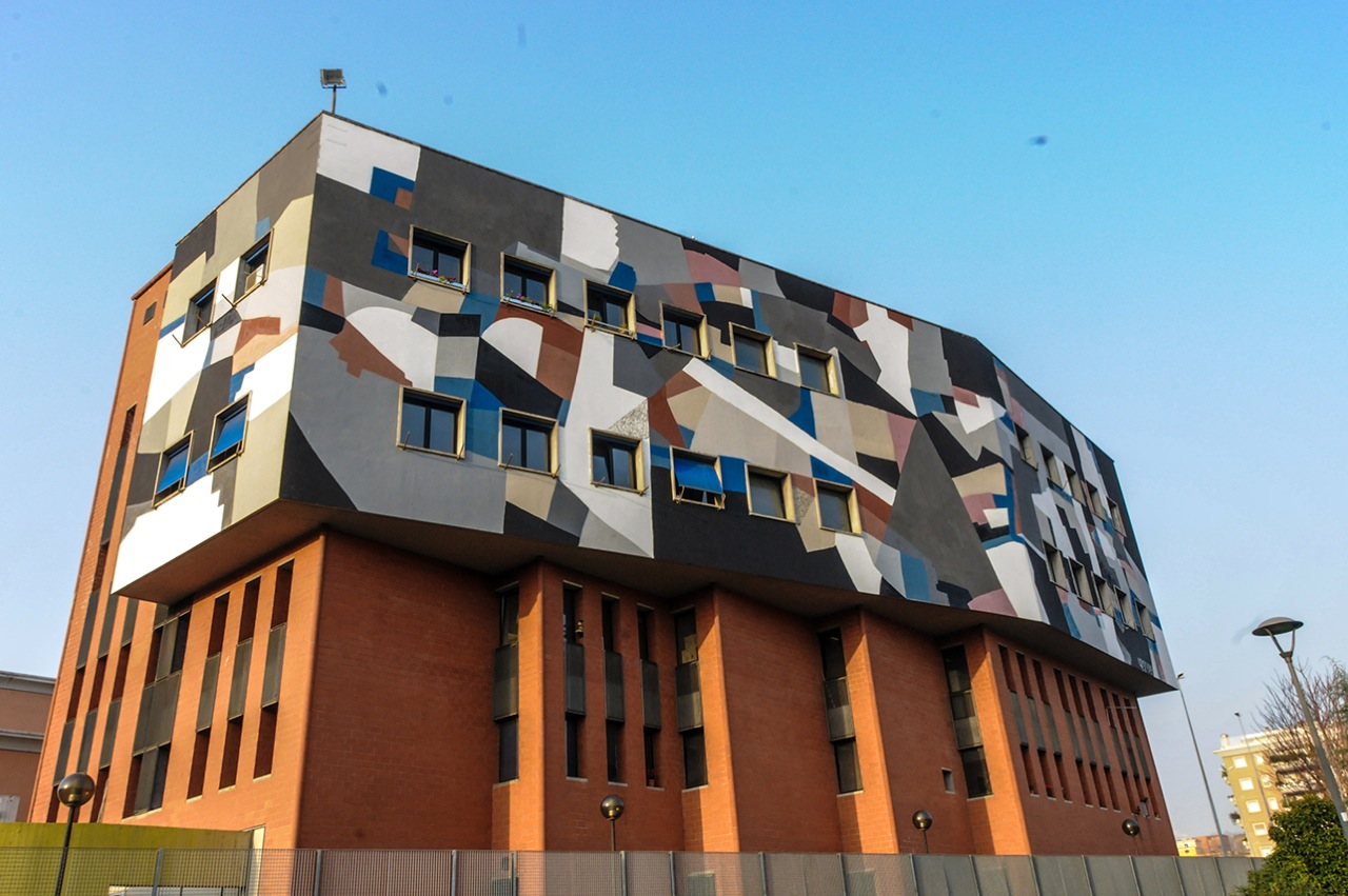 clemens-behr-new-mural-for-avanguardie-urbane-festival-03