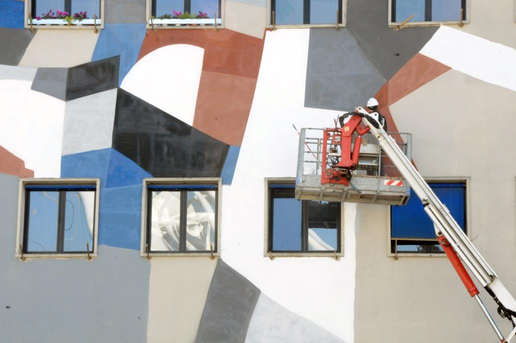 clemens-behr-new-mural-for-avanguardie-urbane-festival-07