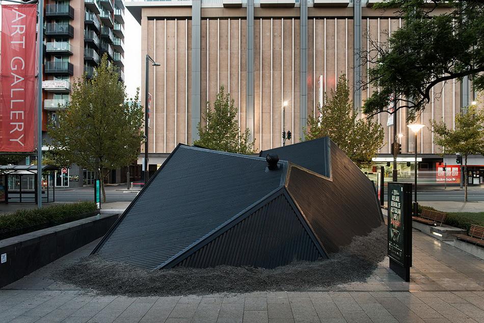 ian-strange-landed-new-installation-in-adelaide-02