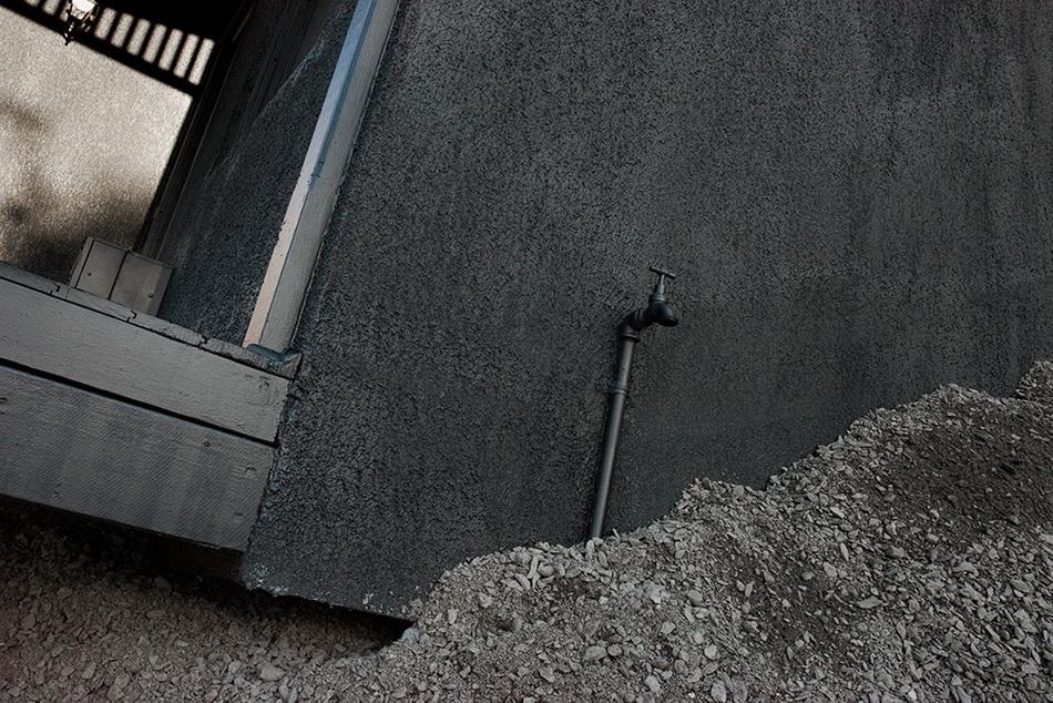 ian-strange-landed-new-installation-in-adelaide-03