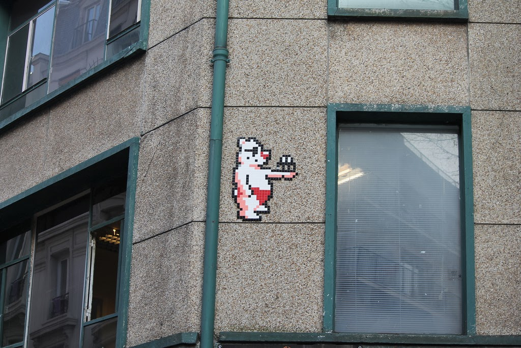 invader-a-new-invasion-in-paris-france-01