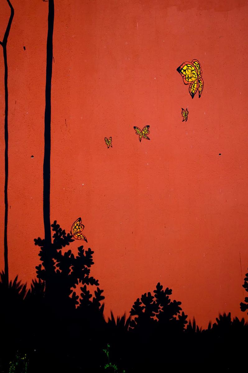 nana-new-mural-at-desordes-creativas-2013-09
