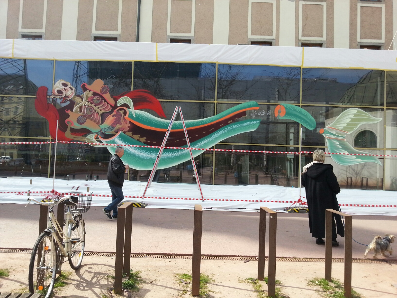 nychos-dissection-of-the-little-mermaid-new-mural-in-linz-03