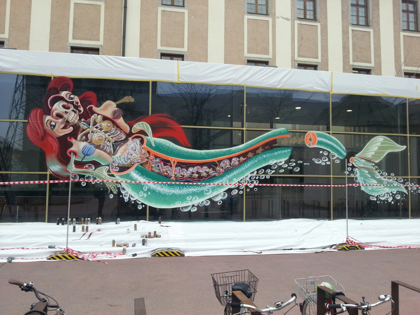 nychos-dissection-of-the-little-mermaid-new-mural-in-linz-05