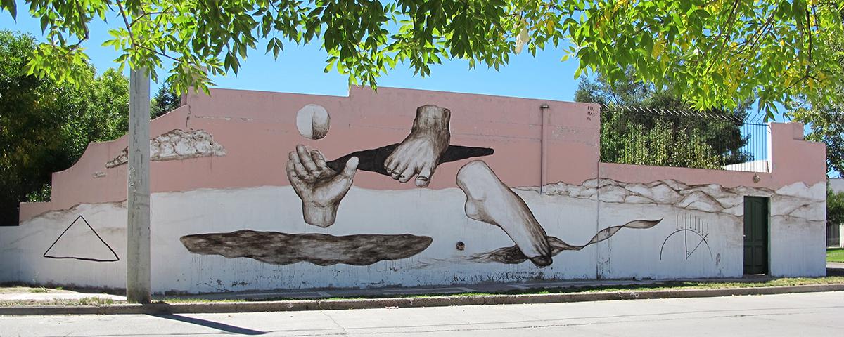 plumas-tum-tum-new-mural-in-neuquen-argentina-01
