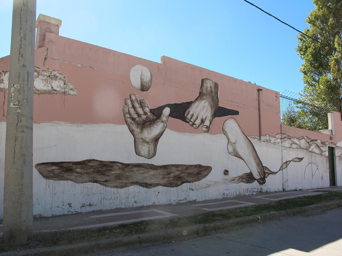 plumas-tum-tum-new-mural-in-neuquen-argentina-04