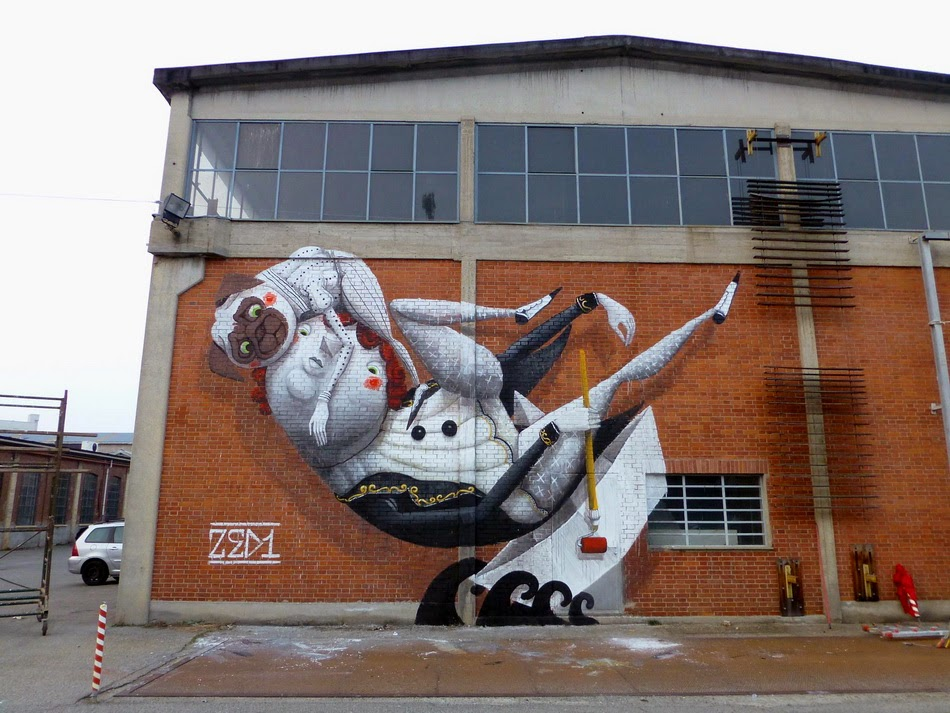 zed1-the-boat-of-the-artist-new-mural-in-torino-01