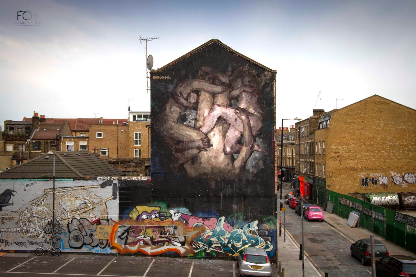borondo-triade-new-mural-in-shoreditch-london-01