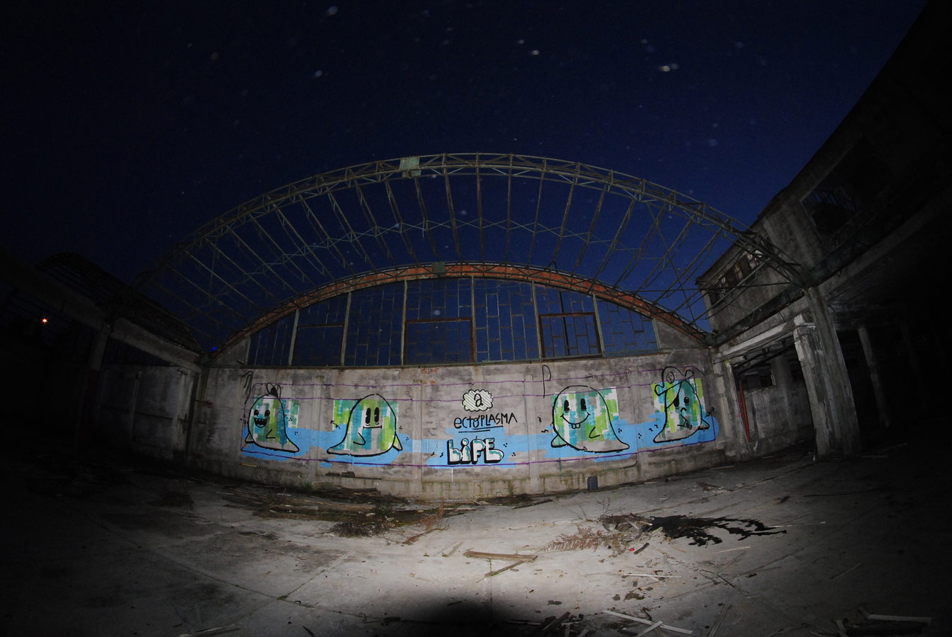 el-euro-series-of-new-pieces-in-an-abandoned-places-01