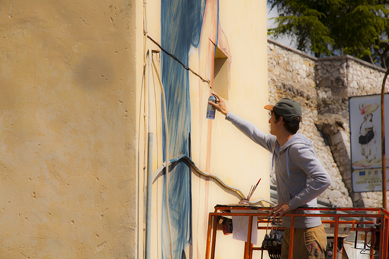 ernest-zacharevic-new-murals-for-memorie-urbane-festival-2014-04