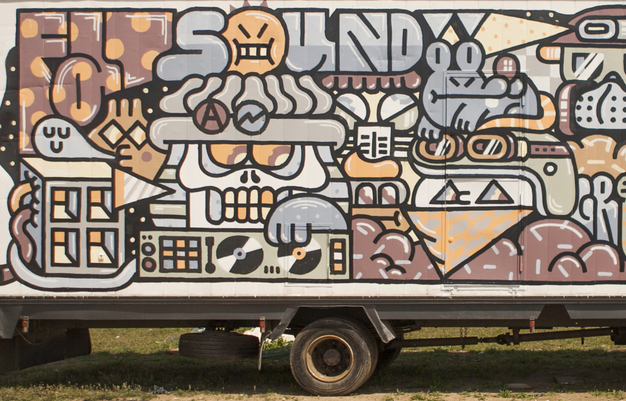 grito-new-mural-on-a-truck-03