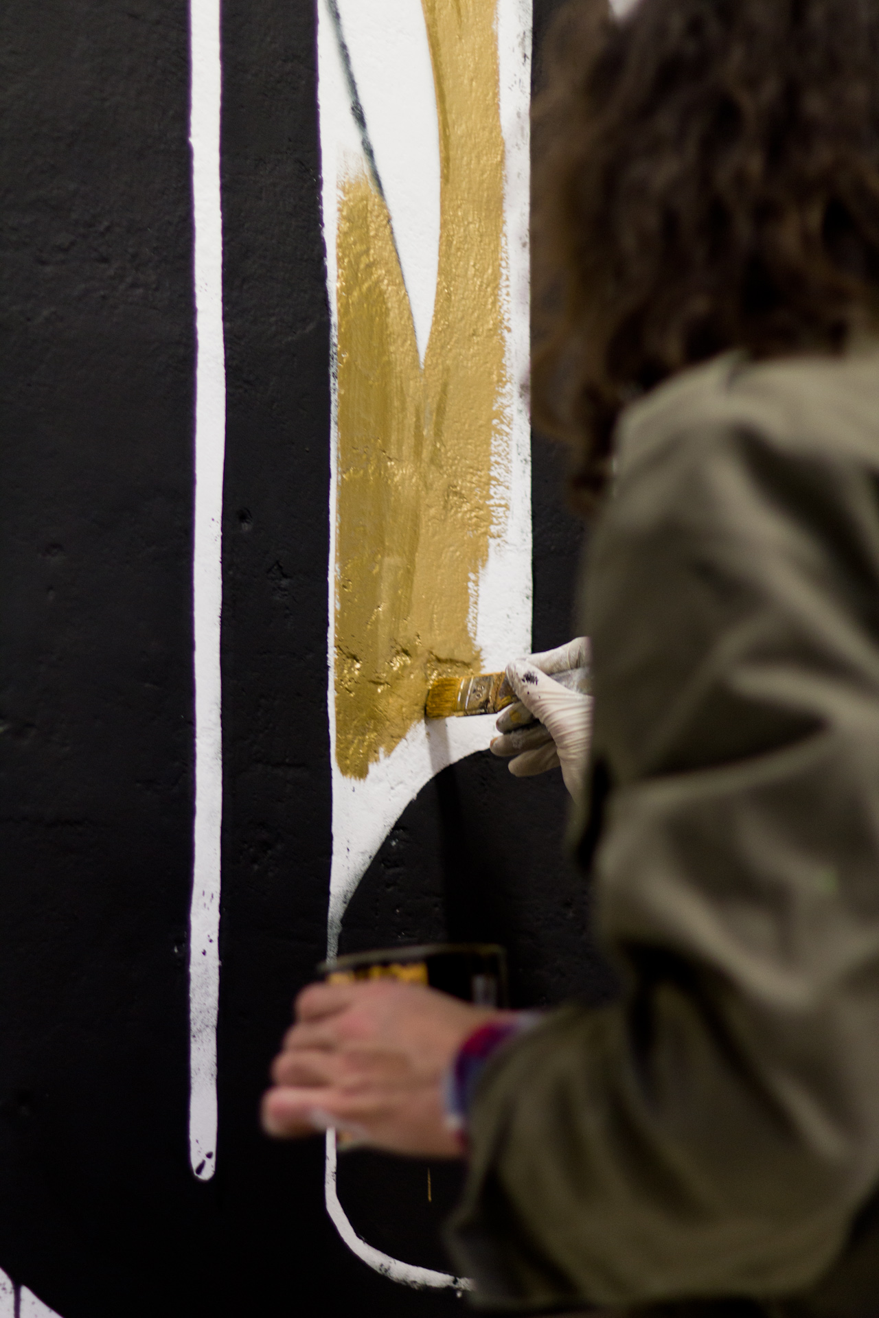 luca-font-show-at-bonobolabo-and-wall-painting-with-basik-11