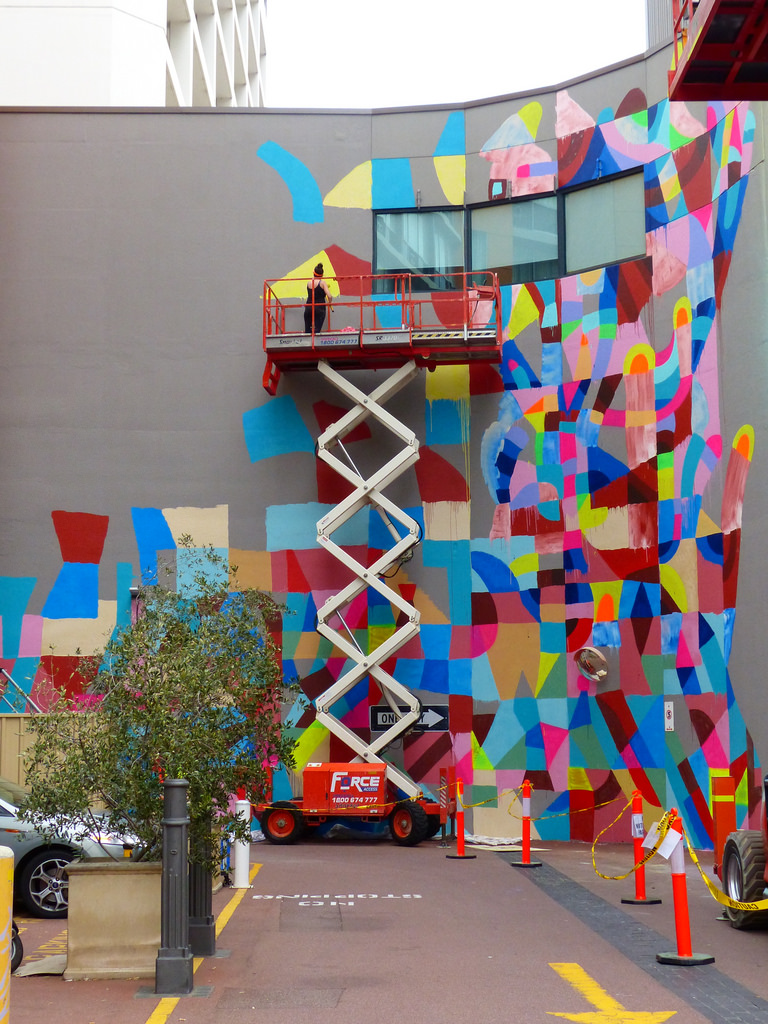 maya-hayuk-new-mural-for-form-public-art-project-03