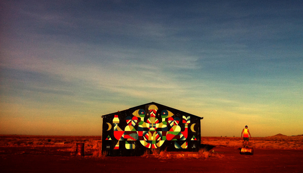 remed-maaniguri-new-mural-in-pilbara-australia-01