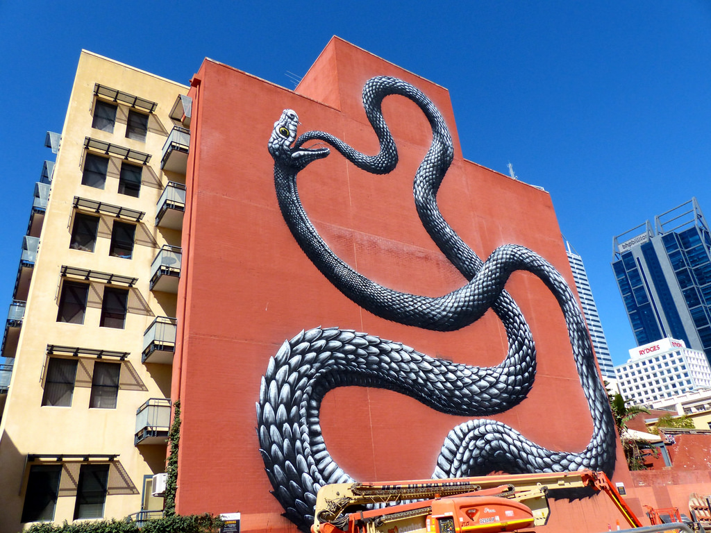 roa-new-mural-for-form-public-art-project-09