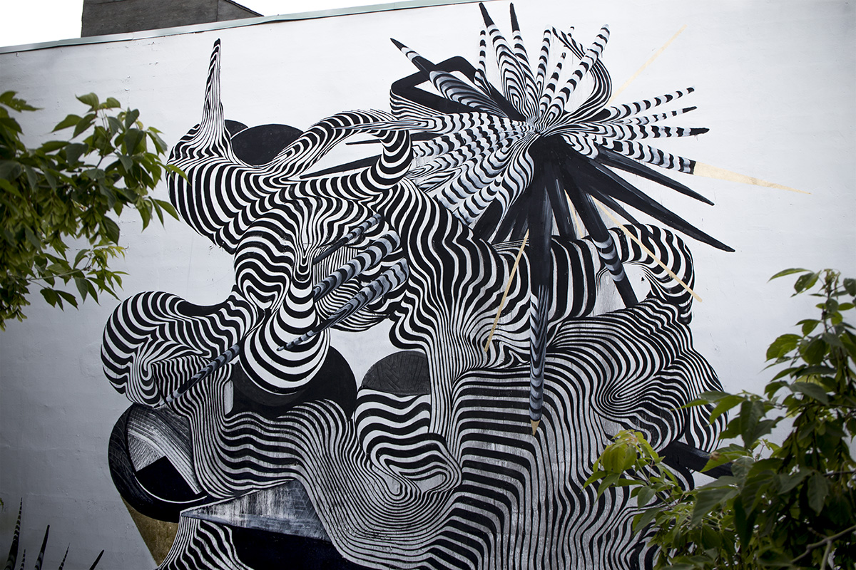 2501-new-mural-at-mural-festival-2014-05