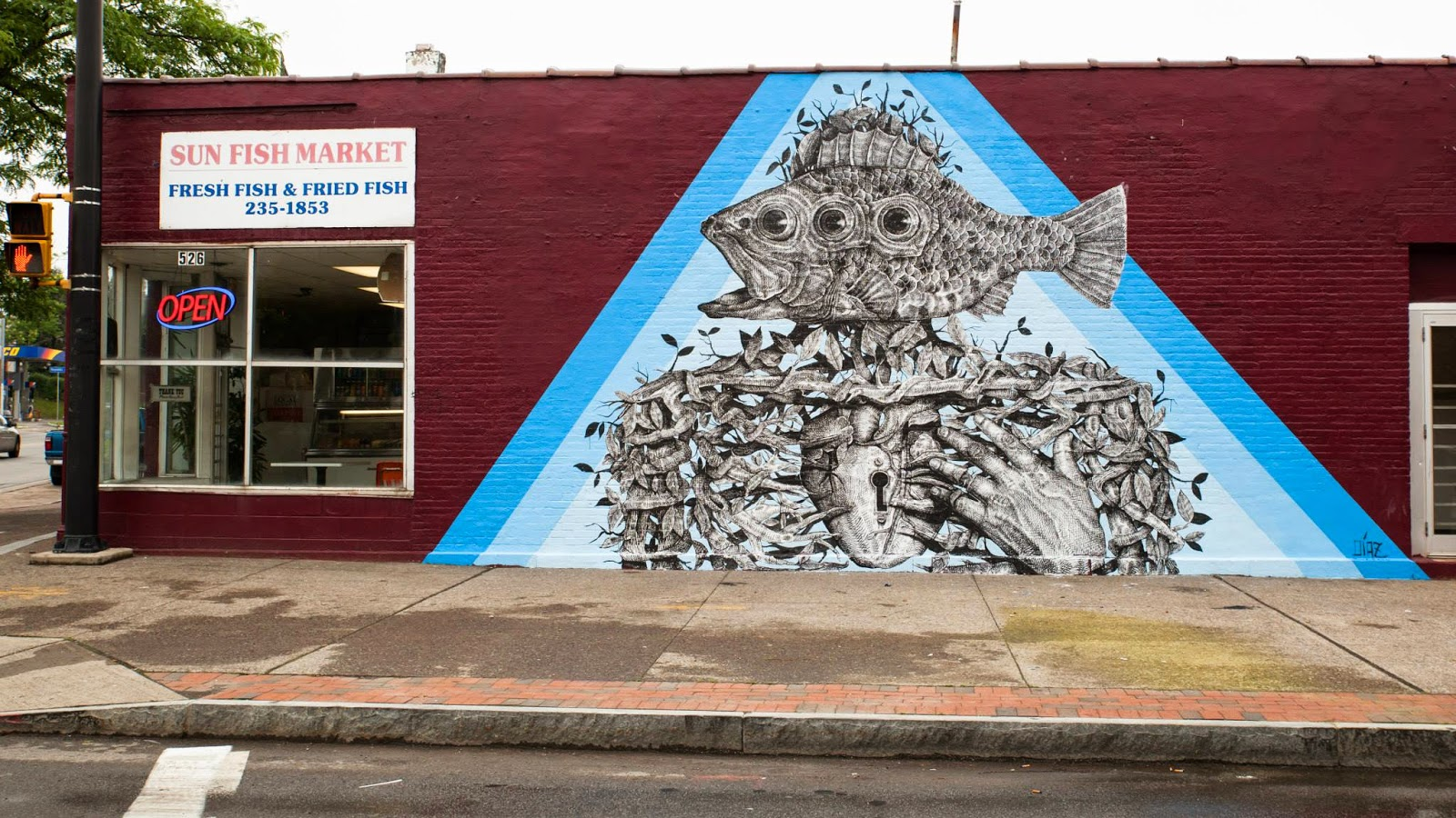 alexis-diaz-new-mural-in-rochester-for-wall-therapy-01