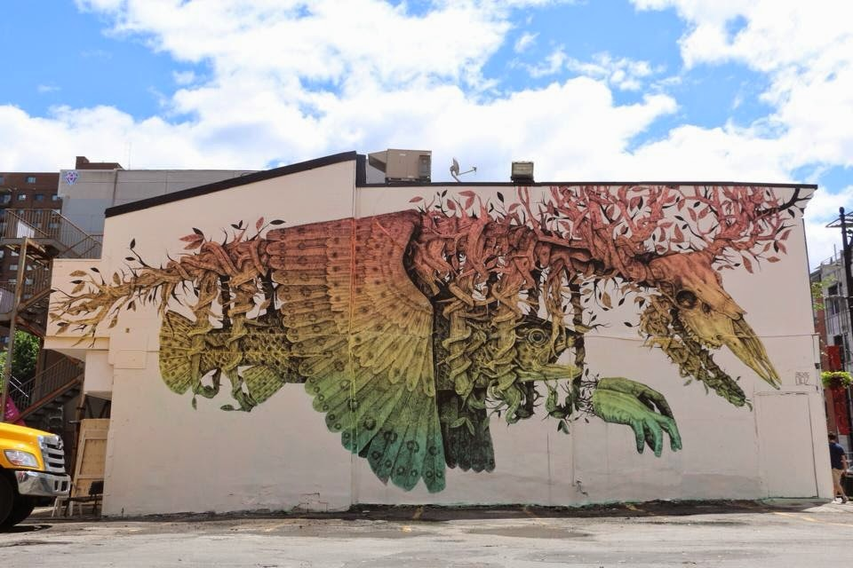 alexis-diaz-new-piece-at-mural-festival-2014-02