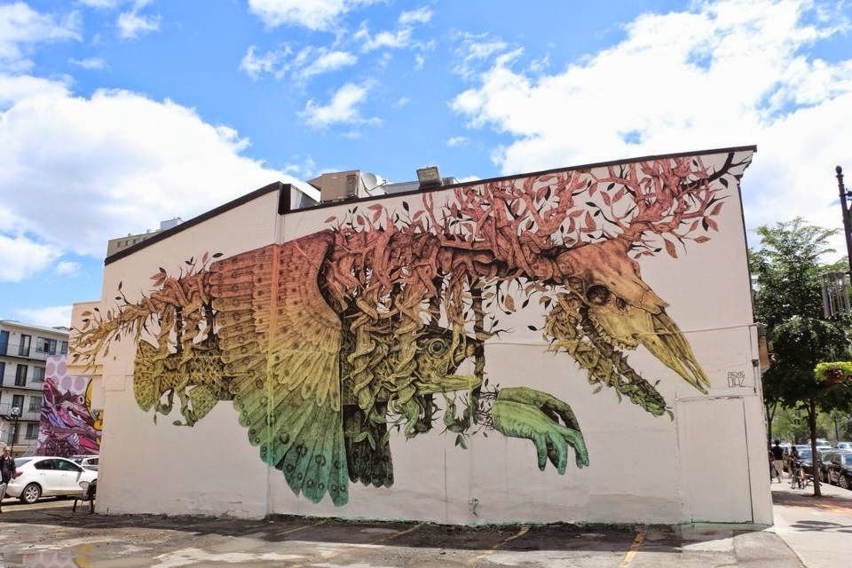 alexis-diaz-new-piece-at-mural-festival-2014-03