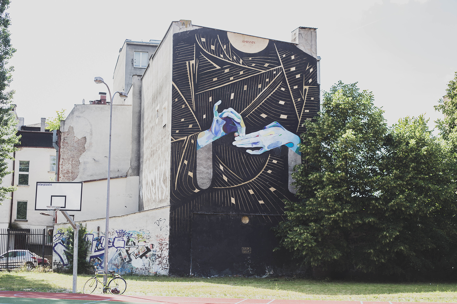 basik-new-mural-for-traffic-design-festival-2014-05
