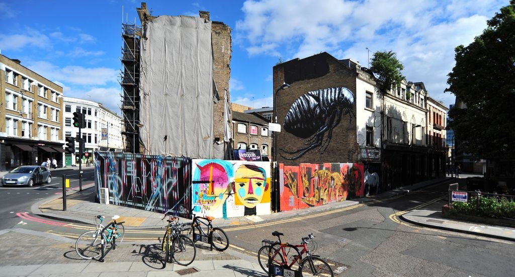 roa-a-new-mural-in-east-london-04