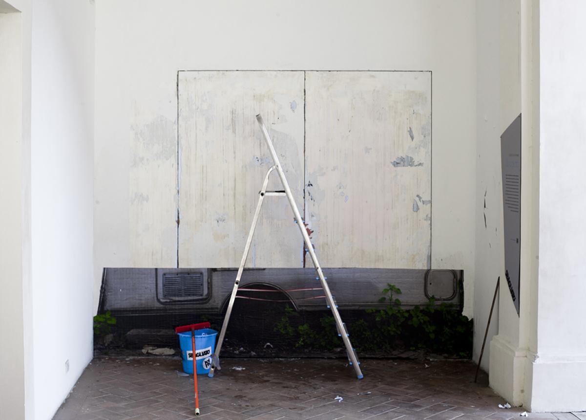 sbagliato-trottola-new-piece-at-palazzo-collicola-02