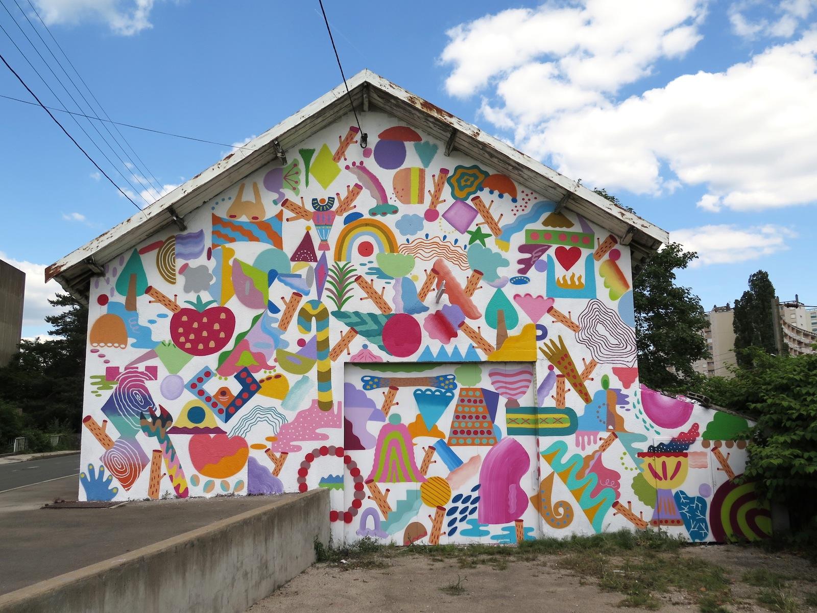 zosen-mina-hamada-at-bien-urbain-2014-09