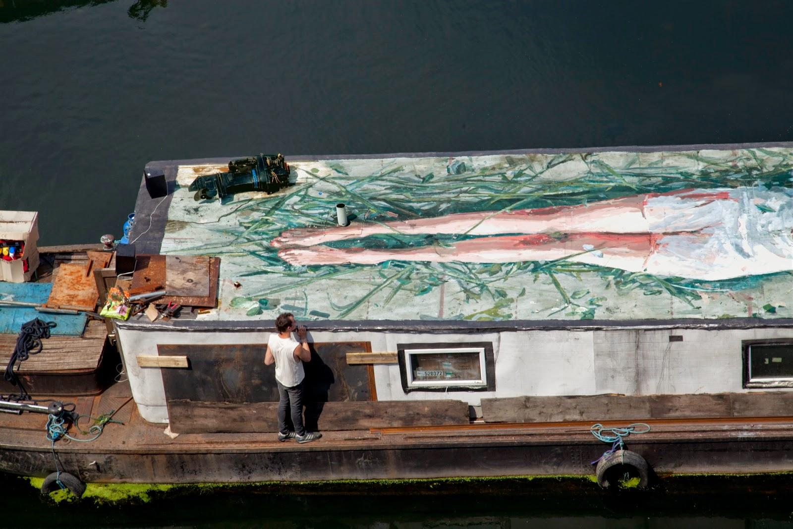 borondo-carmen-main-on-a-boat-04