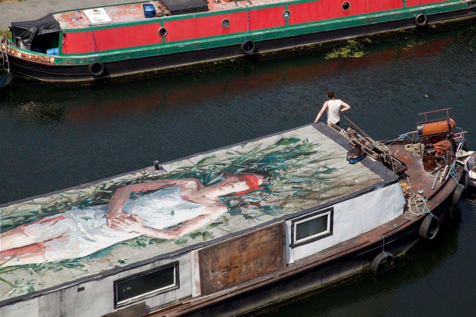 borondo-carmen-main-on-a-boat-05