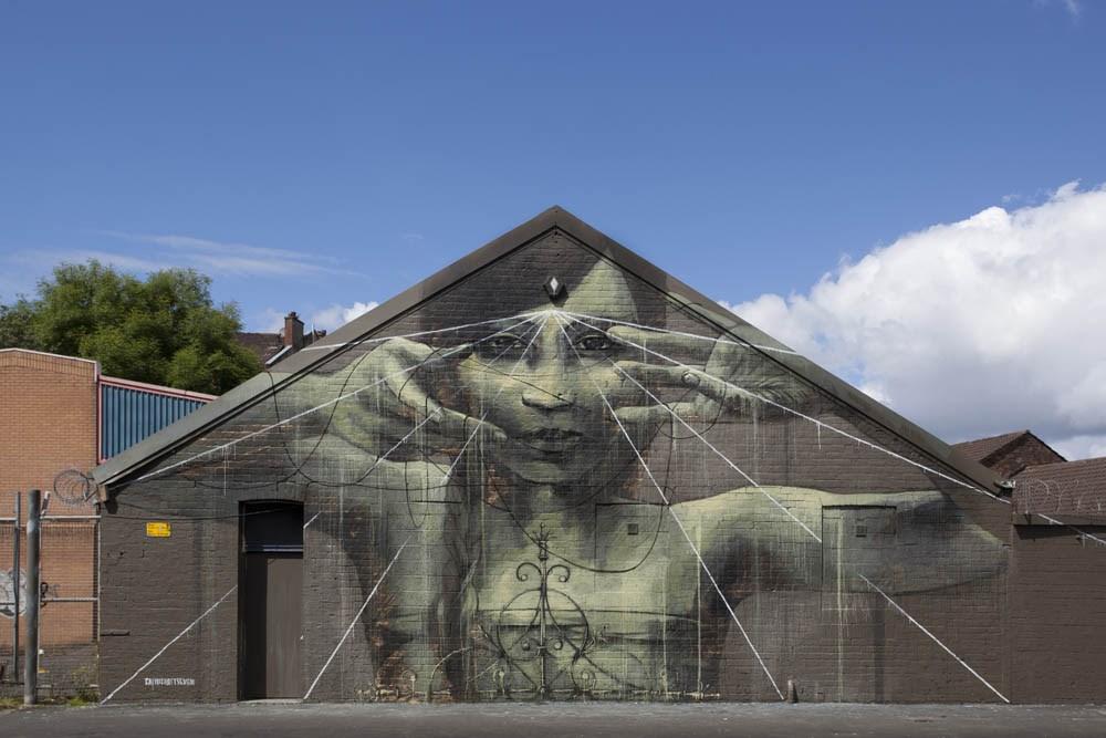 faith47-new-mural-in-glasgow-01