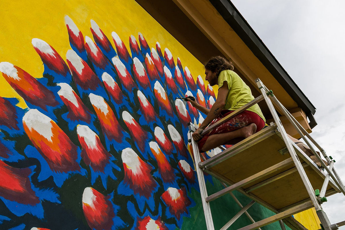 gola-hundun-new-mural-in-emilia-romagna-05