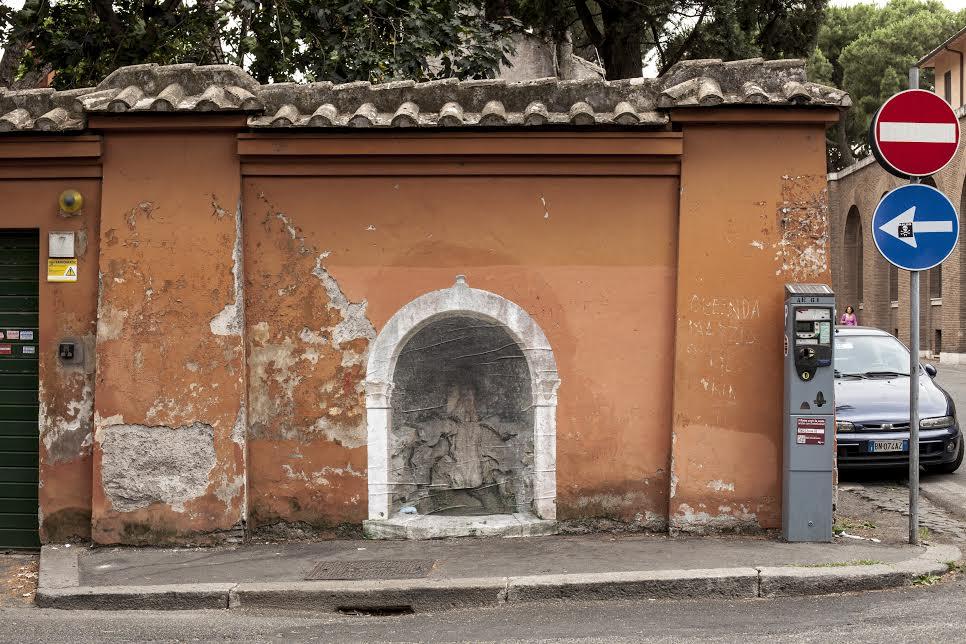 sbagliato-new-pieces-in-piazza-dilliria-rome-01