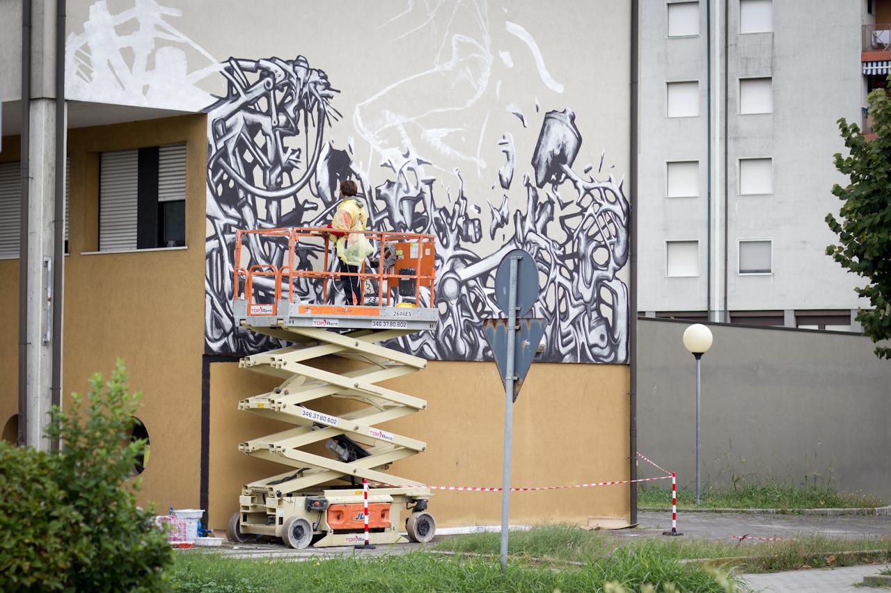 dissensocognitivo-for-subsidenze-street-art-festival-01