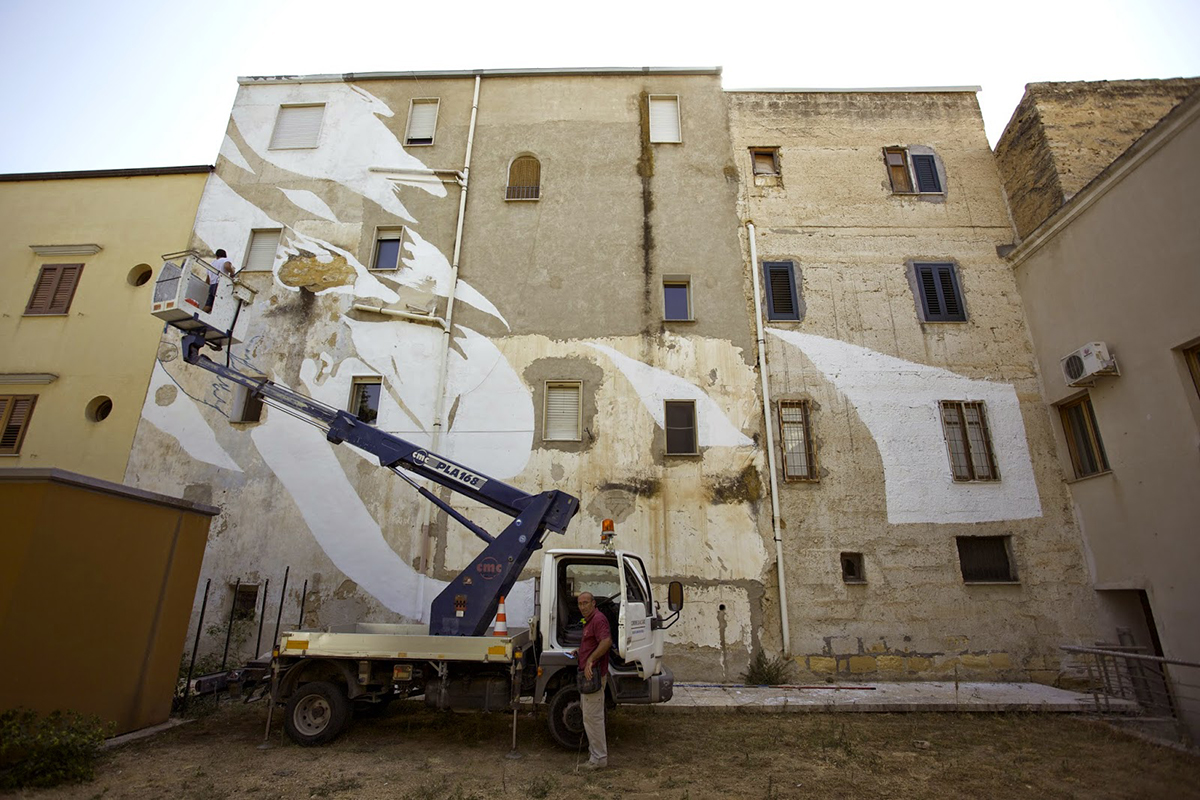 emajons-new-mural-in-alcamo-trapani-01